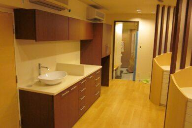 江戸川区 歯科医院 治療台・手洗い台